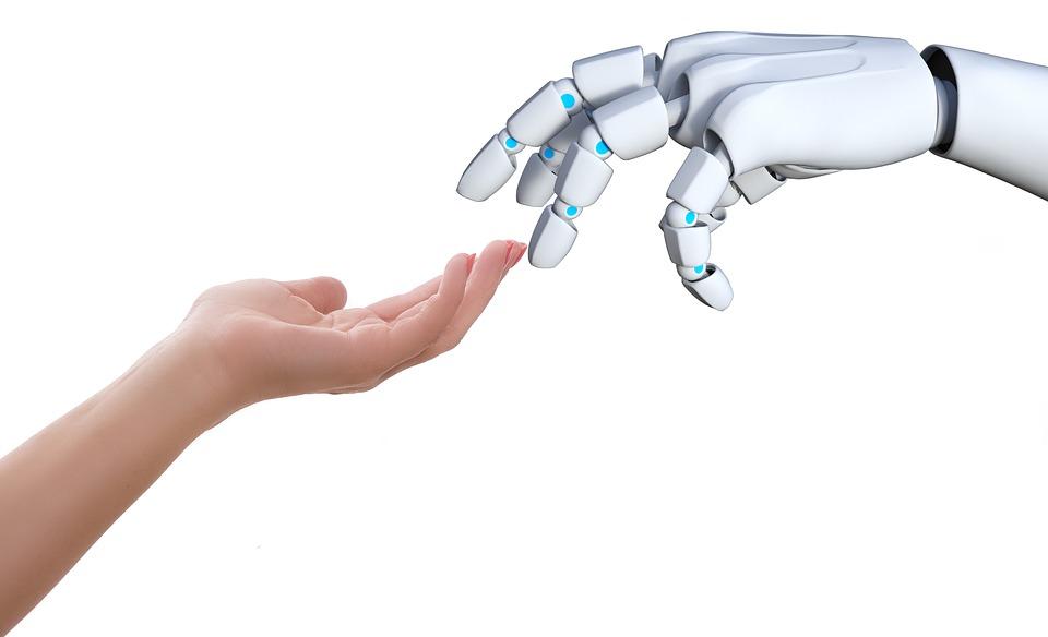 robot uomo